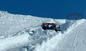 Fonna abrió el glaciar para el esquí con un espesor récord de 15 metros de nieve