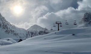 El Pirineo aragonés se muestra muy crítico con la decisión de Aramón de no abrir las estaciones de esquí