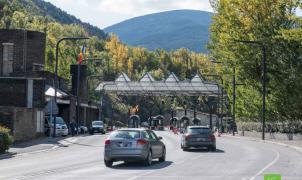Colas para salir de Andorra por la frontera con España en el segundo día de apertura