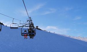 Las pistas de Asturias reciben más de 20.000 esquiadores en navidades