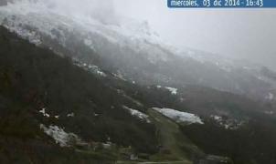 Valgrande-Pajares y Fuentes de Invierno retrasan la apertura por falta de nieve
