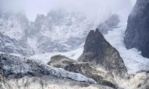 Un glaciar de la parte italiana del Mont Blanc amenaza con derrumbarse a causa del deshielo