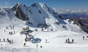 La unión de Gourette y Artouste puede ser la única solución para reactivar el esquí en la Val d'Ossau