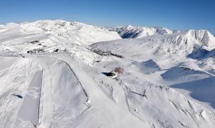 Espectaculares imágenes aéreas de Grandvalira después de recibir 2,5 metros de nieve en 27 días