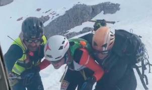 La Guardia Civil rescata a un participante de 16 años de la prueba reina del skimo en Asturias