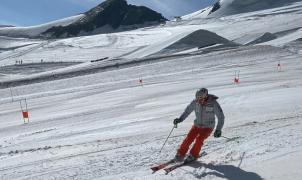 Henrik Kristoffersen vuelve a calzarse los esquís en Saas-Fee tras una lesión