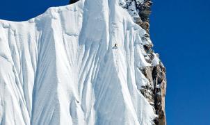 Domadores de montañas: freeride extremo de Jeremy Jones en el Himalaya