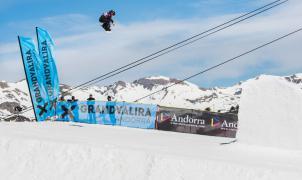 Michael Schaerer y Julia Marino triunfan en la 15ª edición del Grandvalira Total Fight snowboard