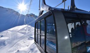 100 estaciones de 14 países donde se podrá esquiar esta primavera y verano