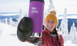Botellas Klean Kanteeen sostenibilidad y conciencia ambiental