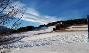 Abrió la pequeña estación de esquí de La Quillane