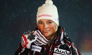Lara Gut el nuevo icono de Lange