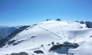El glaciar de les 2 Alpes a niveles récord de nieve desde 2013