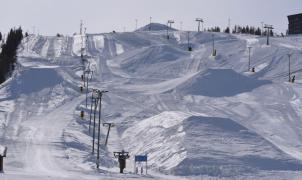 Las estaciones de Laponia empiezan a almacenar nieve para avanzar la temporada de esquí 2020-21