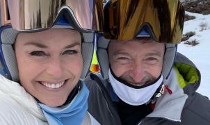 Lindsey Vonn se vuelve a poner en el escaparate esquiando con Hugh Jackman y en bikini