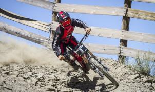 Luis Zarco se impone a todos en el descenso del Sierra Nevada Bike Park
