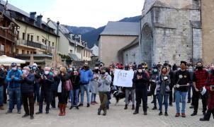 Manifestación del turismo de la nieve en la Val d'Aran para reclamar medidas urgentes para los negocios