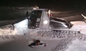 El vídeo de moda: Mira cómo un maquinista de Aramon Panticosa comprueba el espesor de la nevada...