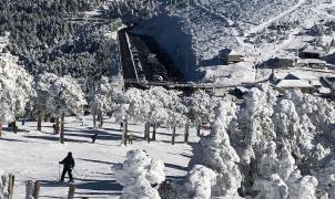 Hay una posibilidad de que el esquí en el Puerto de Navacerrada pueda continuar dos años más