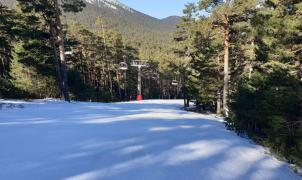 Los defensores del esquí en Navacerrada ponen sus últimas esperanzas en la Asamblea de Madrid