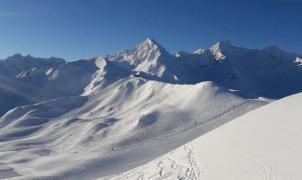 Las estaciones de N'PY del Pirineo francés reciben la Semana Santa con nieve polvo recién caída
