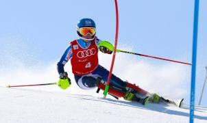 Núria Pau estrena temporada de competición en las carreras FIS de Solda (Italia)