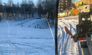 Oslo transforma parques públicos en pistas de esquí contra las limitaciones de la Covid