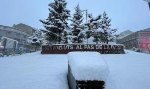 Imágenes de la primera otoñal en el Pirineo que deja hasta 26cm en Andorra