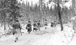 Un soldado finlandés se drogó con metanfetamina y huyó esquiando del Ejército ruso