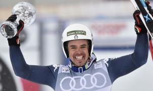 Feuz gana el Descenso de St-Moritz y Peter Fill se adjudica el Globo de Cristal de la especialidad