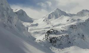 Una avalancha mata a dos esquiadores españoles en los Alto Pirineos franceses