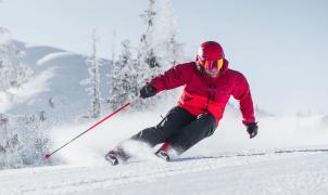 Descubre 3 novedades en la gama de esquís Atomic para 2022
