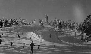 Nace una plataforma ciudadana para defender la continuidad del esquí en el Puerto de Navacerrada