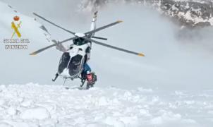Una esquiadora de montaña irlandesa rescatada en el Aneto