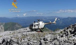 Un montañero vasco de 62 años fallece al despeñarse en los Picos de Europa