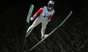Roman Koudelka consigue la victoria en los saltos de esquí de Sapporo