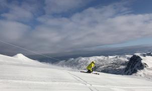 San Isidro y Leitariegos recibieron más de 12.000 esquiadores en Navidades