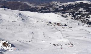 Sierra Nevada en el mejor momento de la temporada: 105 km de pistas y dos metros de nieve