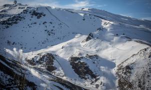 Sierra Nevada cierra una de las mejores navidades de su historia con 154.000 esquiadores