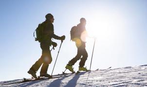 Aspen cobrará a los practicantes de skimo y raquetas de nieve para subir por sus pistas