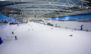 La fiesta de reinauguración de Madrid SnowZone reúne más de 2.000 personas