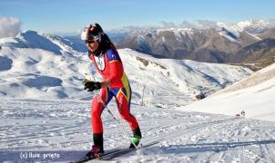 Sophie Dusautoir tercera en el podio de la Cronoescalada de la Copa de España FEDME de La Vall de Boí.  Crédito: Lluís Prieto