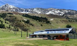 Las estaciones de esquí, el destino de moda para huir del calor este verano