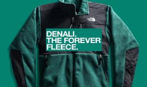Vuelve la chaqueta Denali de The North Face, la prenda de forro polar más icónica