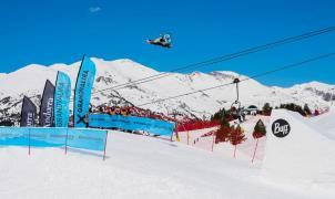 Un japonés, Hiroaki Kunitake se corona como el rey del Grandvalira Total Fight de Snowboard
