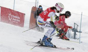 Más de 200 esquiadores en el 13º Trofeo de Esquí de las Fundación Jesús Serra en Baqueira Beret