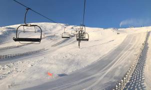 León y Asturias sacan un forfait conjunto y avanzan en la fusión de las estaciones de esquí
