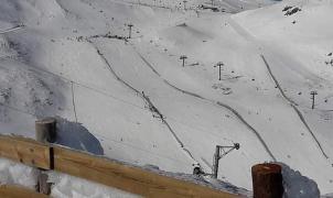 """Asturias asegura que tendrá temporada de esquí si no hay un avance """"incontrolado"""" de la Covid-19"""