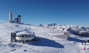 Asturias se planeta alargar la temporada de esquí de Valgrande y Fuentes de Invierno