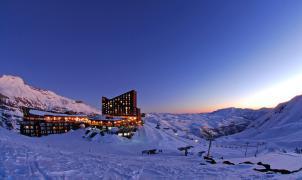 Valle Nevado adelanta inicio de temporada invernal al viernes 15 de junio con 100 cm de nieve